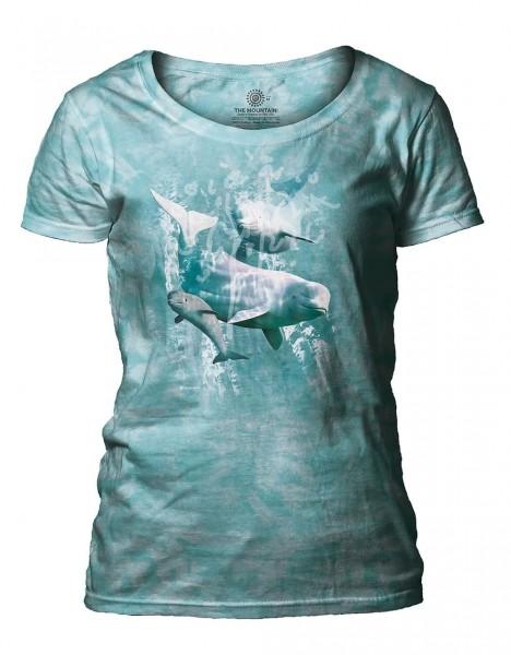 Beluga Pod Women's Scoop T-shirt